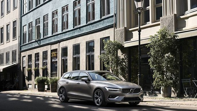 V60 D4 AWD Geartronic Business