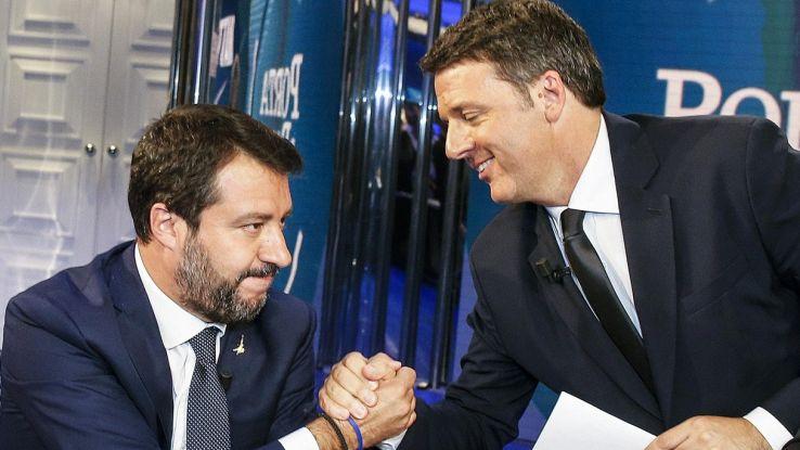 Duello Renzi-Salvini, le immagini dello scontro in tv