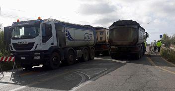 Tre camion da 40 tonnellate per prove carico su Ponte Scafa
