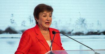 Fmi: 'In una nuova fase di crisi ma non ancora fuori dai guai'