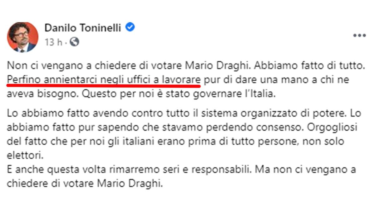 Crisi di governo, la gaffe social di Toninelli diventa virale