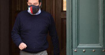Salvini: da maggio riaperture anche per i locali al chiuso
