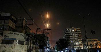 La guerra a Gaza non si ferma, i raid continuano