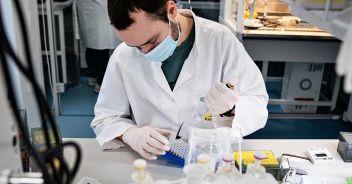Coronavirus, cosa succede al fegato: nuovo studio italiano