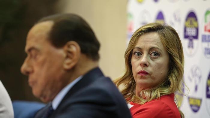 Berlusconi e il partito unico: 'Indispensabile per ripartenza'