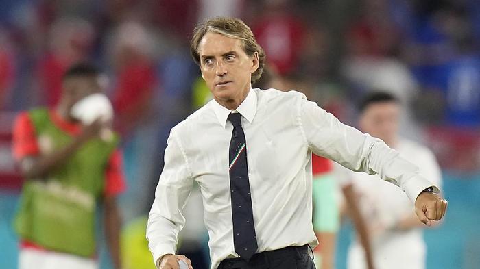 Italia-Galles 1-0 Pessina sblocca, Galles in 10