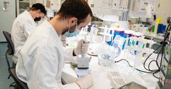 Vaccino eVax, una scossa contro le varianti: nuova scoperta