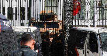 In Tunisia Saied caccia  20alti funzionari del governo