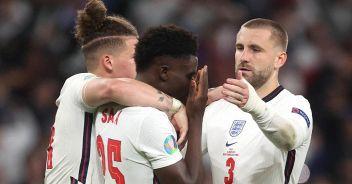 Euro 2020, insulti razzisti ai calciatori inglesi: tifosi arrestati