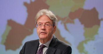 Gentiloni: 'Per l'Italia occasione unica, la politica guardi avanti'