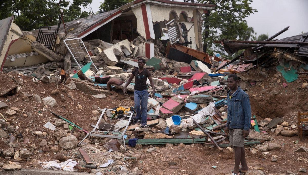 Haiti, dopo il terremoto la tempesta. Le immagini della devastazione | VirgilioNotizie