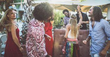 Ibiza, soluzione per fermare le feste illegali: detective infiltrati