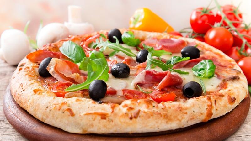 pizza: napoletana o romana?