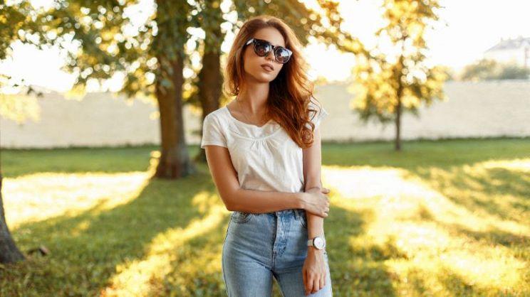 b5c3596807b210 Sempre di tendenza, la moda dei jeans a vita alta non tramonta mai. Ma  sapete come abbinarli nel modo migliore? Seguite questi utili consigli.