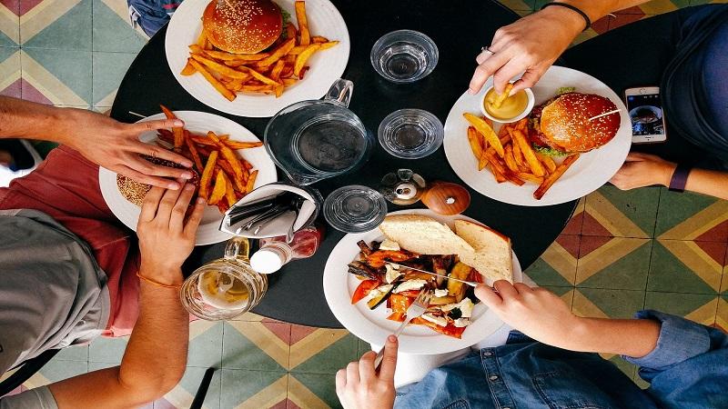Gastronomia take-away: piatti pronti e sfiziosi per stupire gli amici