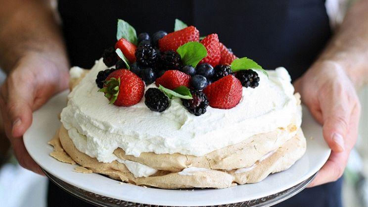 Torta Vasca Da Bagno.8 Torte Estive Perfette Per Compleanni E Cerimonie Paginegialle