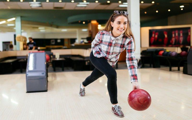 come tirare la palla da bowling