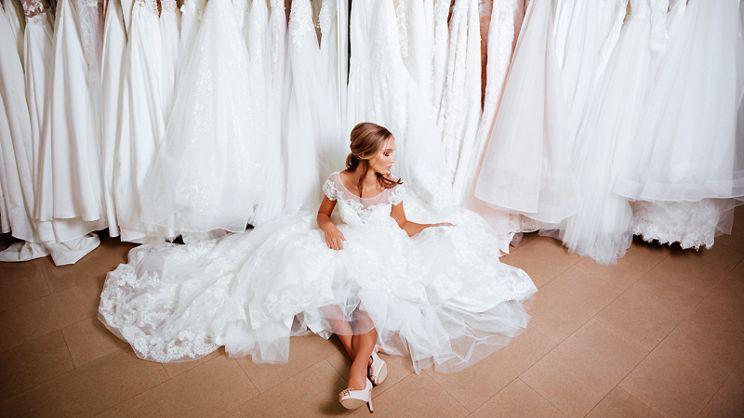 2f716669b422 Abiti da sposa economici: scegliere l'abito giusto risparmiando ...