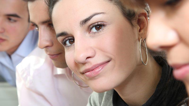 orecchini grandi a cerchio quando indossarli