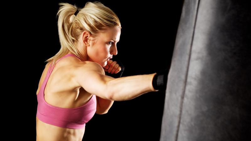 allenamenti con sacco da box per la perdita di peso