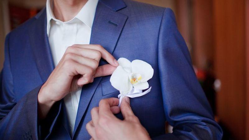 982c992595cf Abito Tight per lo sposo  eleganza british e evergreen ...