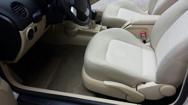 pulizia interni auto prezzi