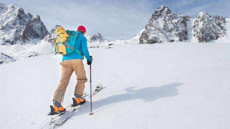 the best attitude 9dd7f de17c Abbigliamento da neve: cosa comprare in outlet ...
