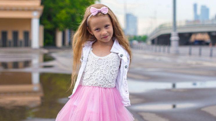 half off c0962 710f2 Come scegliere il perfetto abito da cerimonia per bambina ...