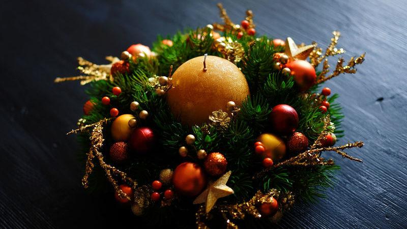 creare un centrotavola natalizio