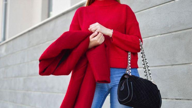 reputable site 460b9 59016 Accendi il look con il cappotto rosso!   PagineGialle Magazine
