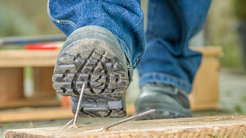 scarpe antinfortunistiche: come sceglierle