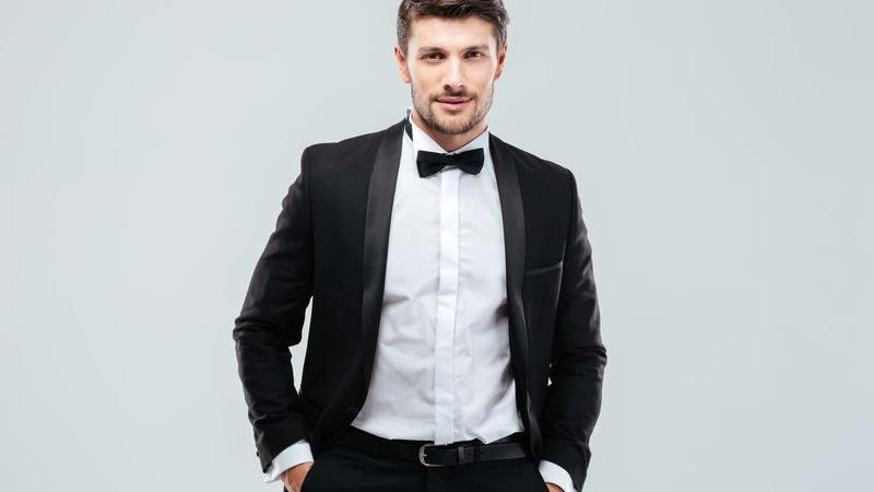 cravatta o papillon per lo sposo