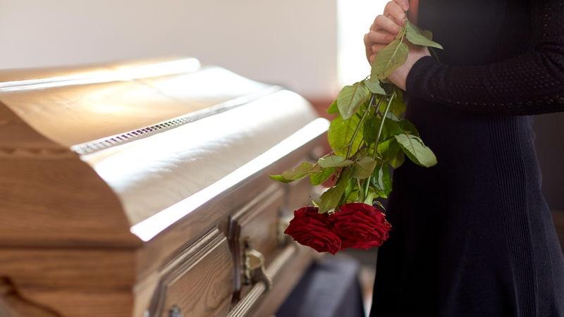 manifesti per funerale