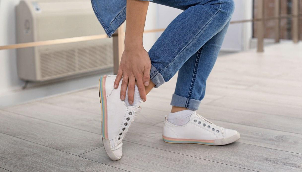 Cosa fare in caso di distorsione alla caviglia