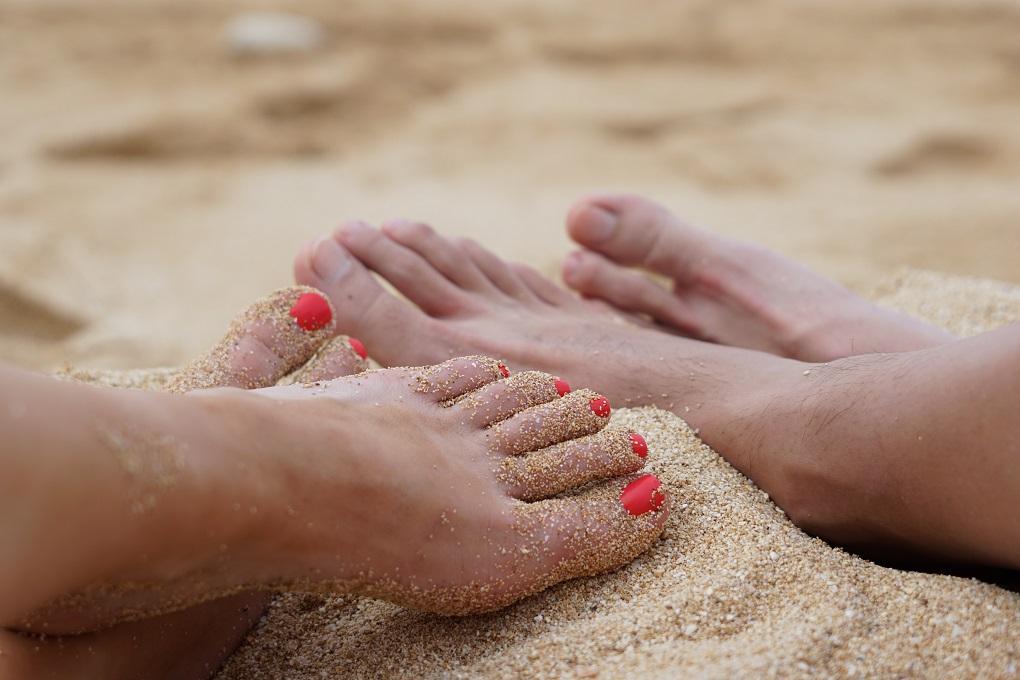 prendersi cura dei piedi dopo l'estate