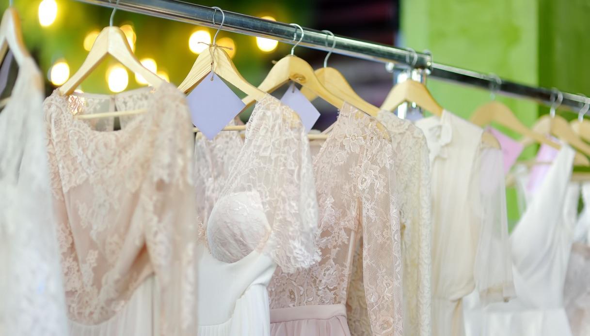 Tipologie di abito color avorio