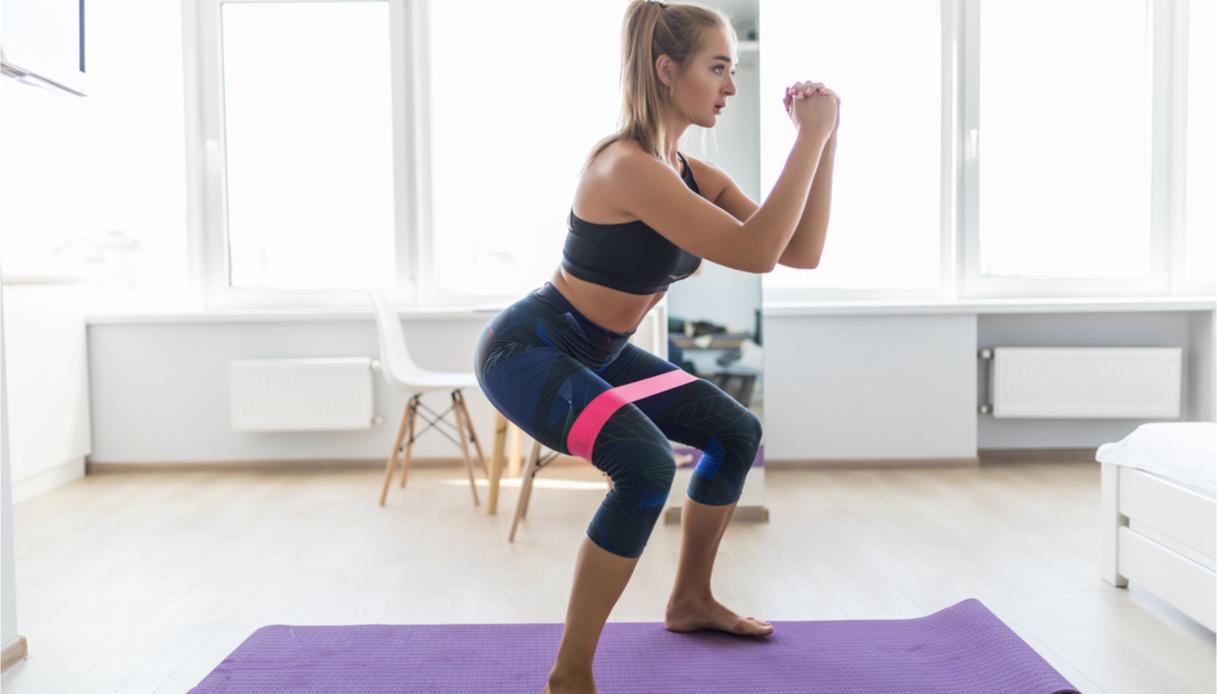 Fitness a casa: come snellire le gambe