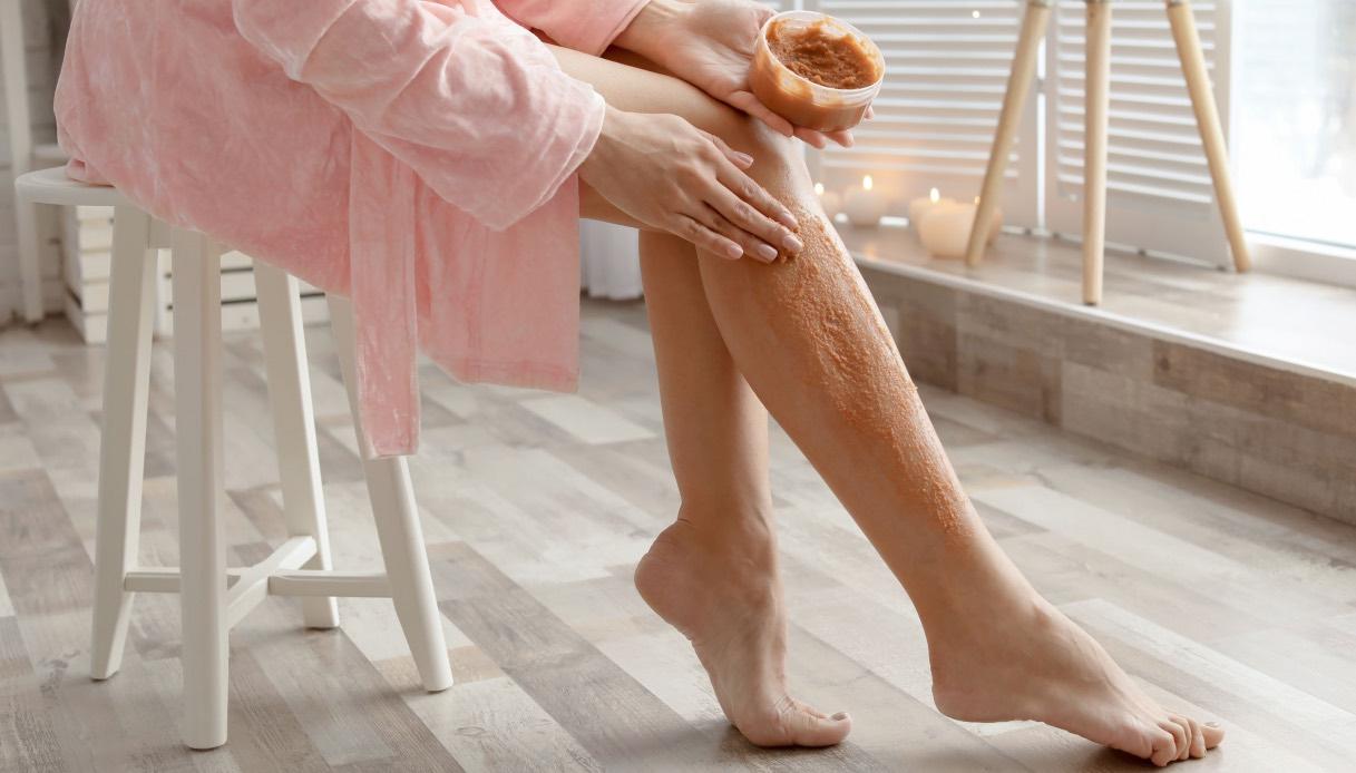 Tipologie di scrub alle gambe