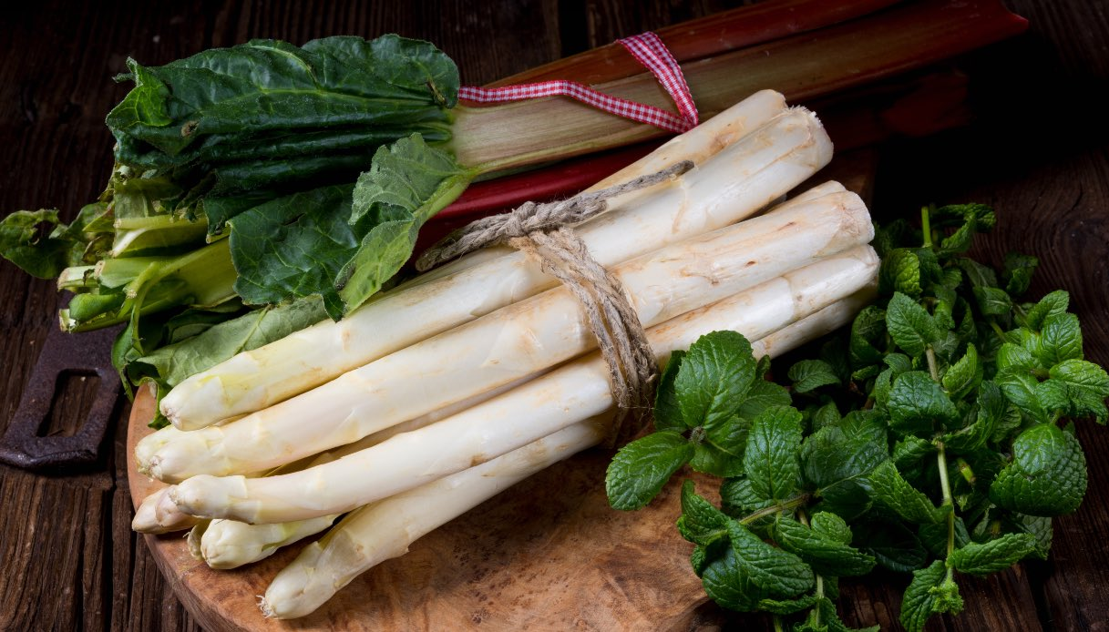 Lista della spesa per la verdura primaverile