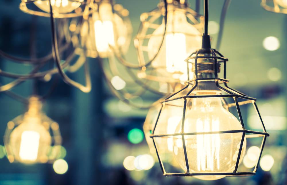 Lampade da terra di design idee da copiare per creare atmosfera