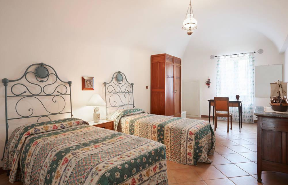 Camere Da Letto Arredate Vintage : Letti in ferro battuto eleganza versatile in camera da letto