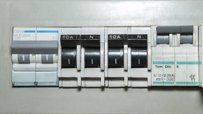 Schema Quadro Elettrico Per Appartamento : Come scegliere il quadro elettrico per il proprio impianto domestico