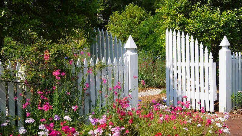 Recinzioni Per Giardino Casa.Recinzioni Da Giardino Guida Alla Scelta