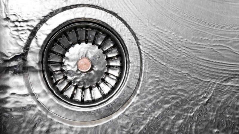 Come Sturare La Vasca Da Bagno Dai Capelli.7 Rimedi Naturali Per Sturale Il Lavandino