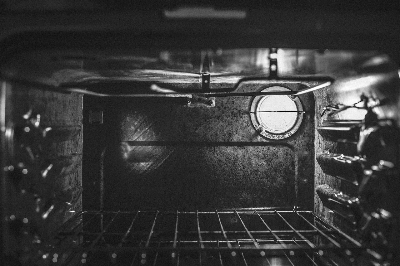 Pulire Ottone In Modo Naturale come pulire il forno incrostato senza fatica?