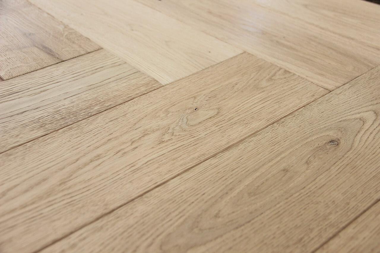 Pavimenti In Parquet E Marmo parquet: vantaggi e svantaggi di un pavimento in legno