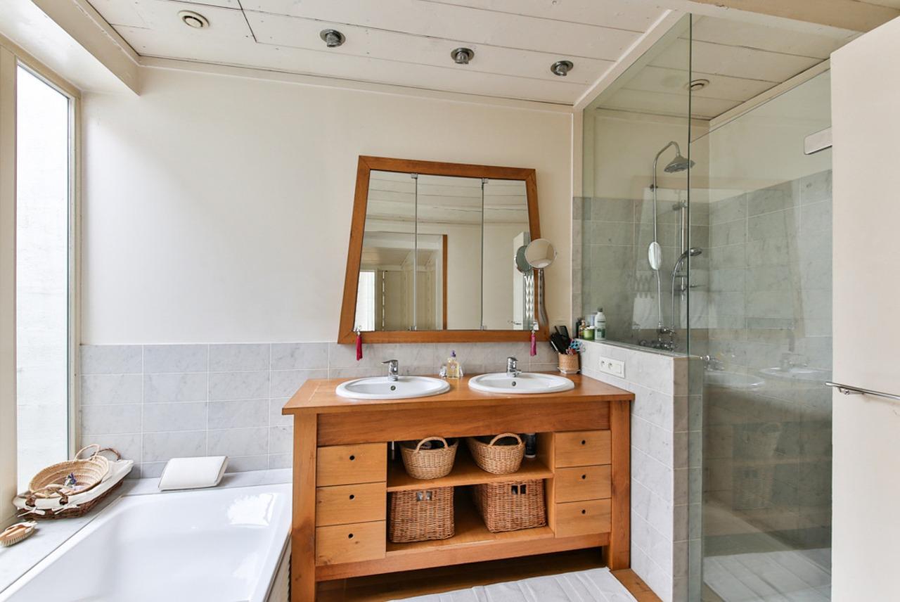 15 idee da copiare per arredare un bagno moderno