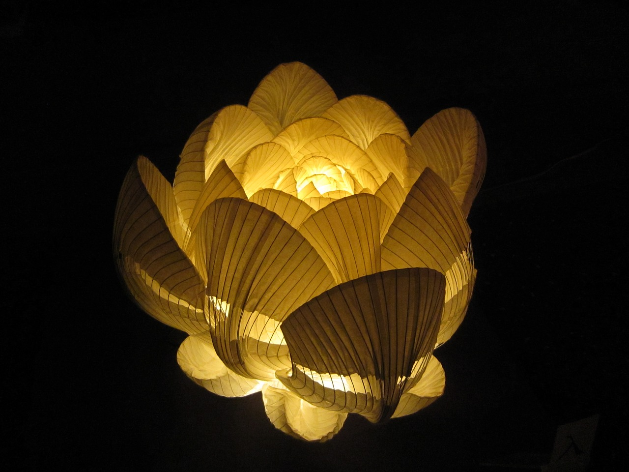 Lampade di carta arredare con le luci in stile giapponese