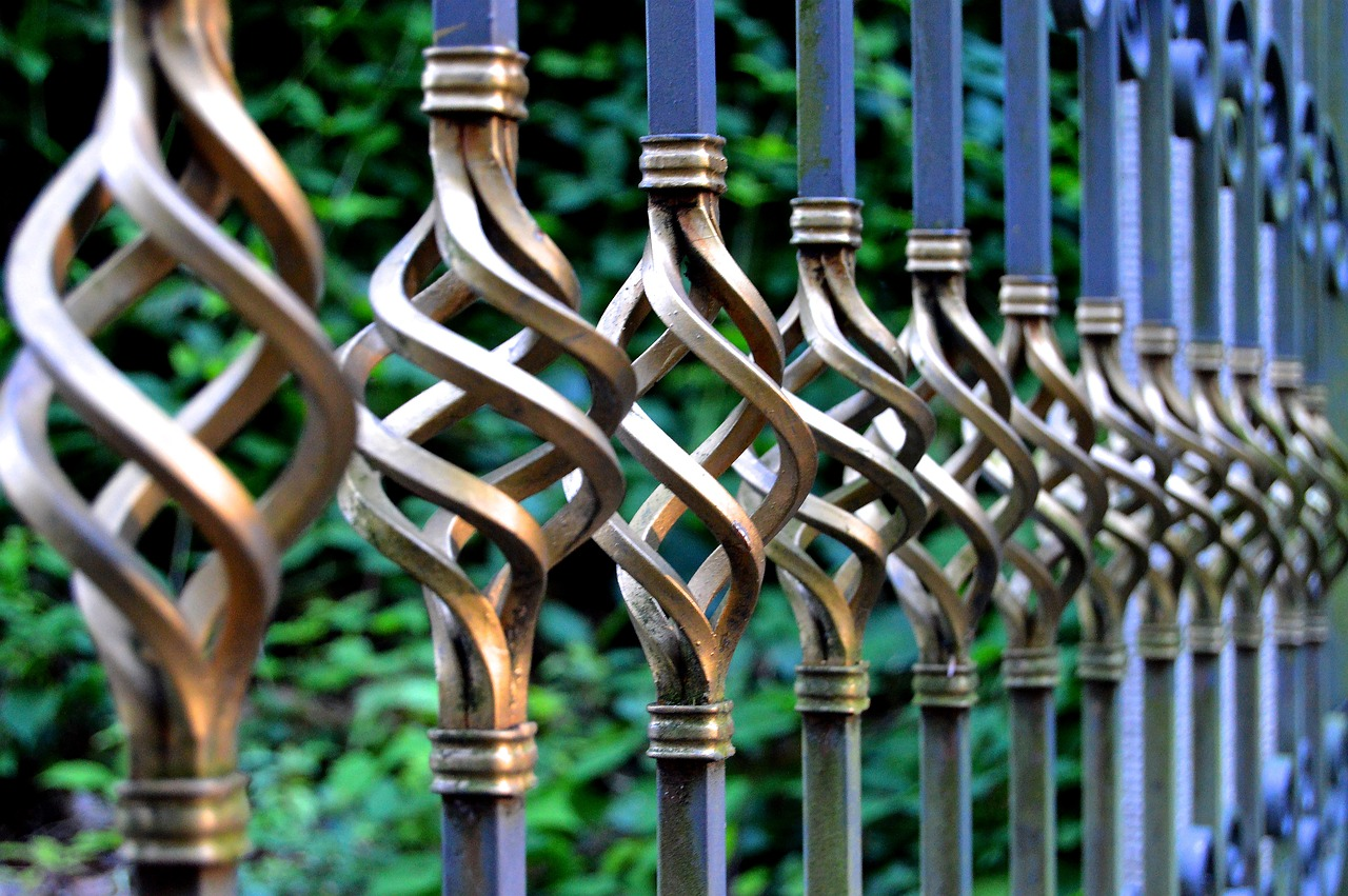 Come Recintare Un Giardino recinzioni moderne: tante idee per il tuo giardino