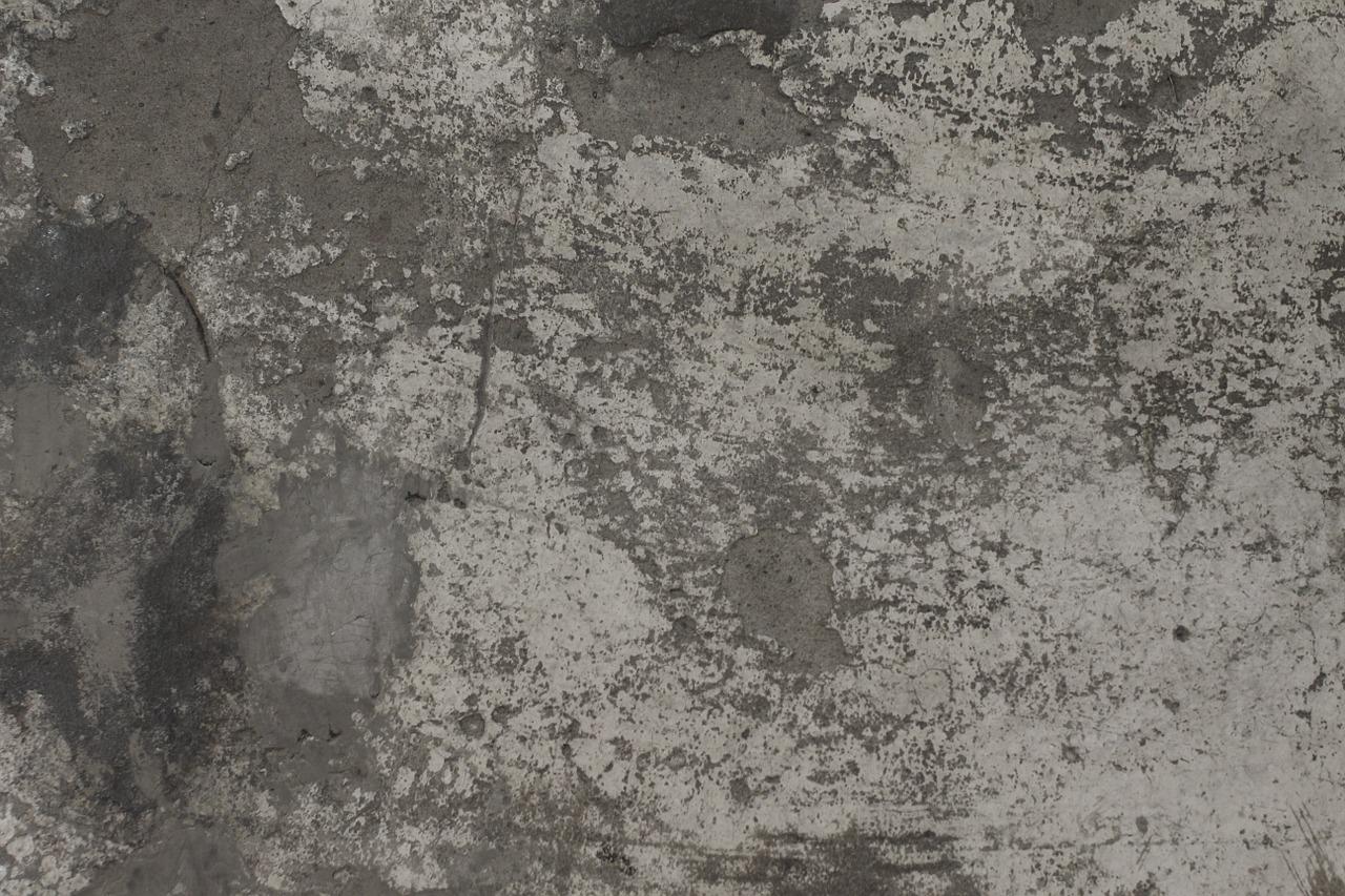 Piastrelle Plastica Per Giardino Prezzo.Pavimenti In Resina Pro E Contro Prezzi Colori
